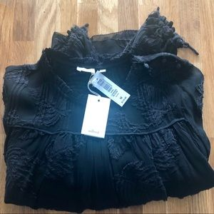 NWT Aritzia Wilfred Lourdes Blouse, Black Size M